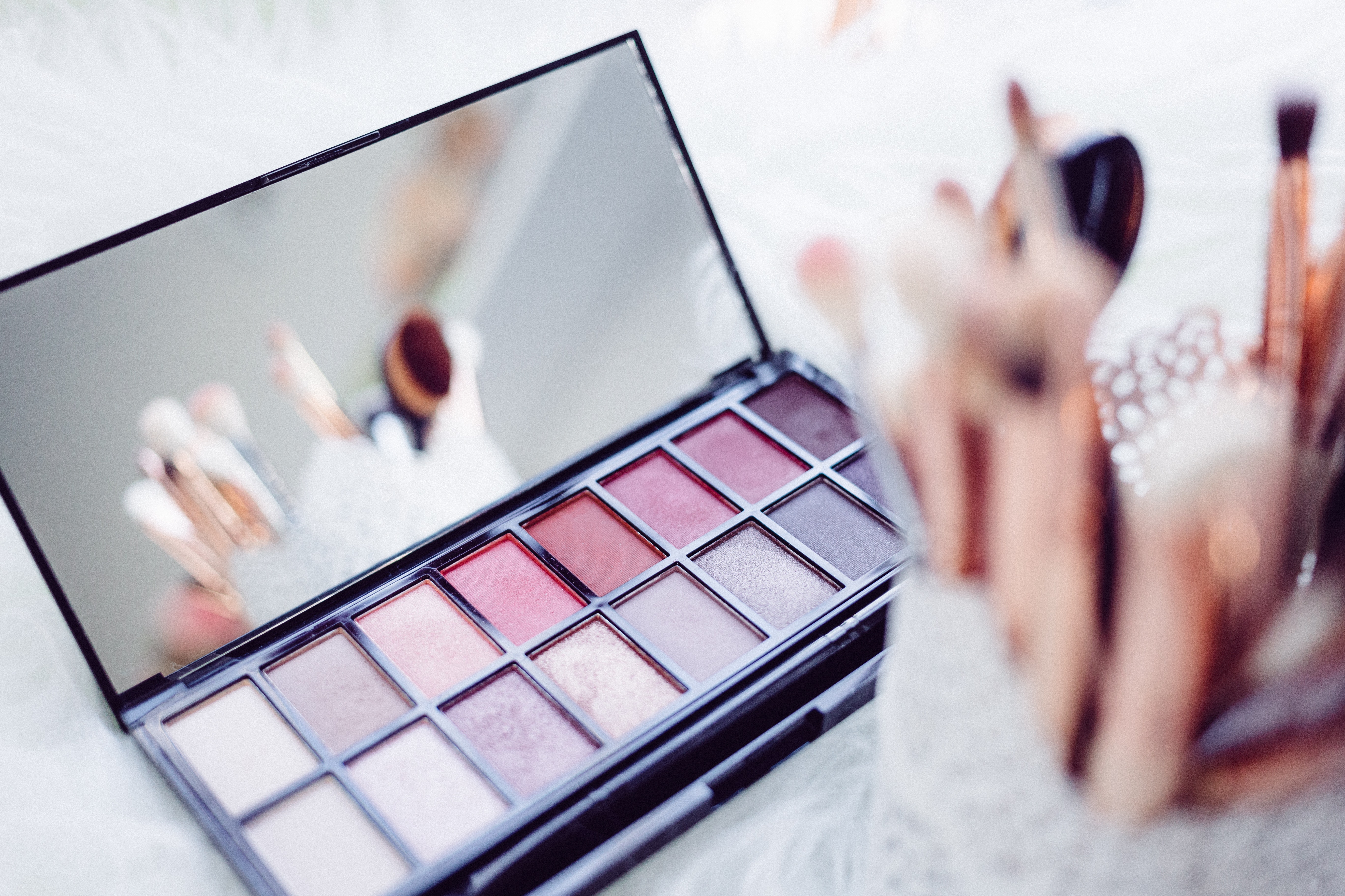Makeup container that potentially contains PFAS